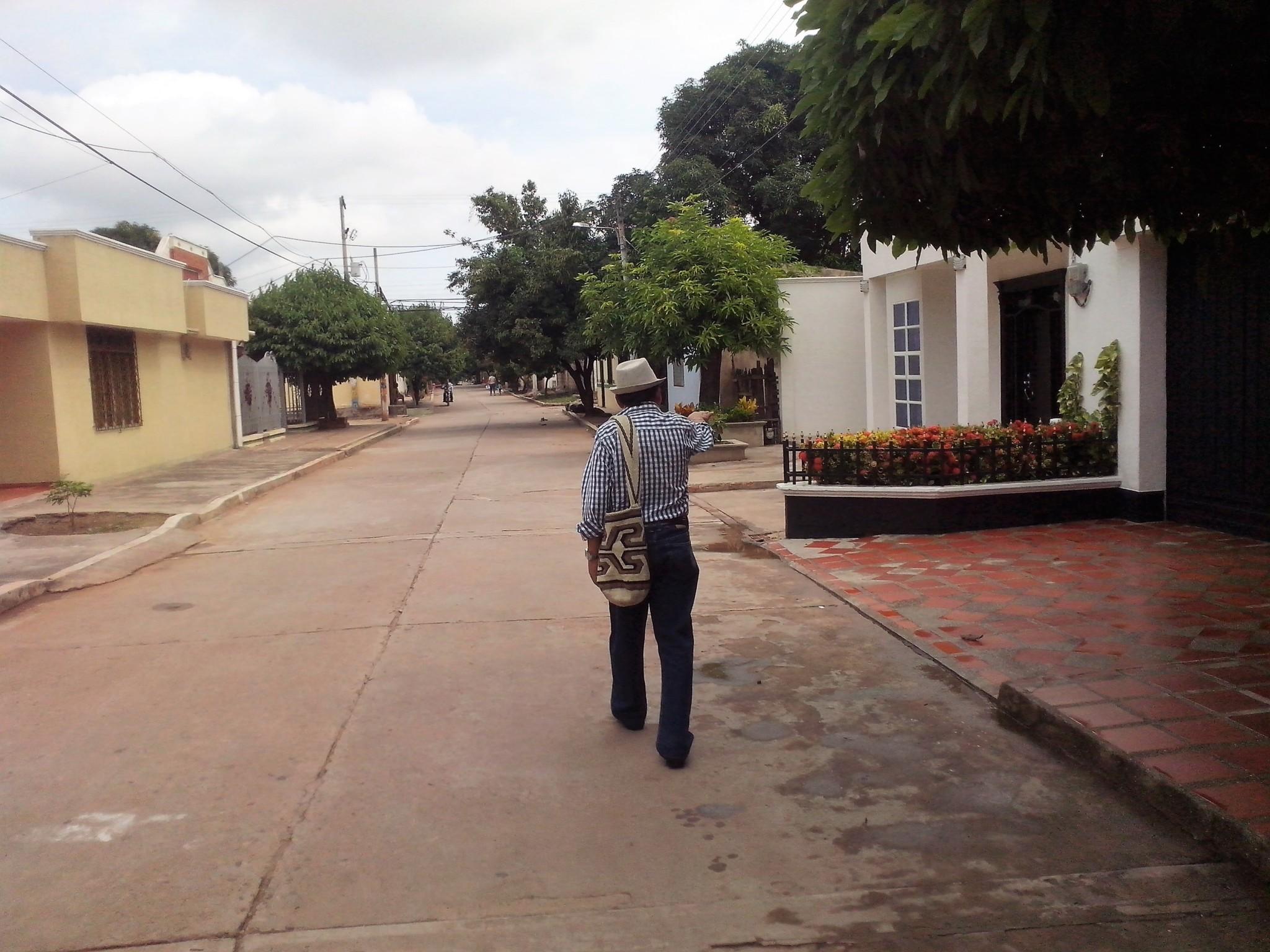 rosendo-romero-por-las-calles-de-su-natal-villanueva