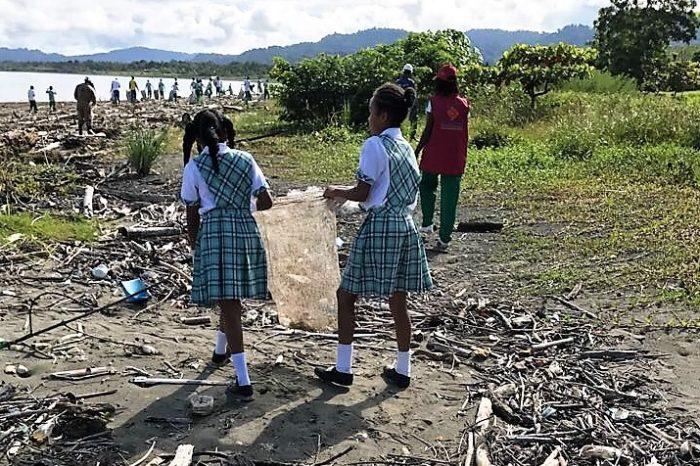 Limpiaron playas de Nuquí y El Rodadero