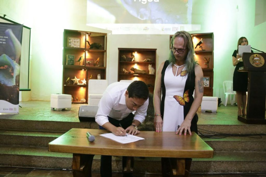 La Gobernación de Boyacá a través de la Secretaría de Planeación y el Instituto Humboldt firmaron el convenio que da inicio a las expediciones para estudiar áreas estratégicas, especialmente de páramo. Foto: Boyacá bio